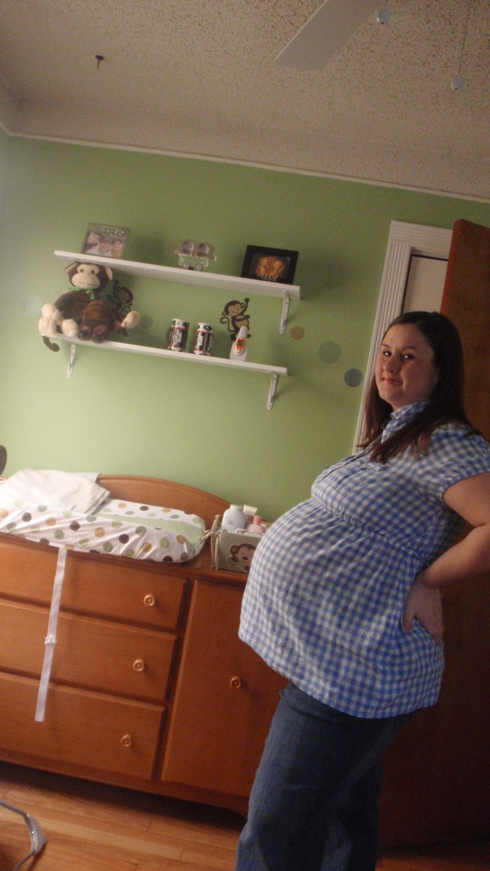 36 weeks...almost 50 lbs weight gain :( i feel like im going to explode !