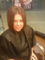 I chopped it!! The new me short and dark!