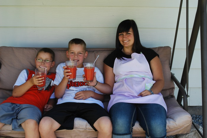 Grandkids with strawberry/mango smoothies
