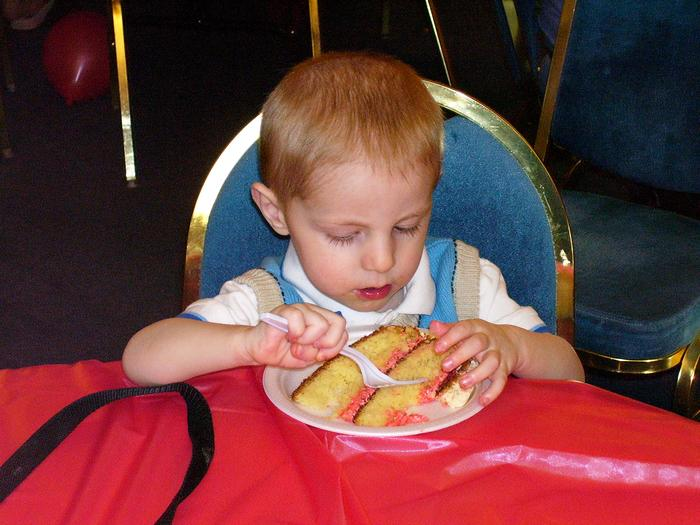 Gabriel eating his cake